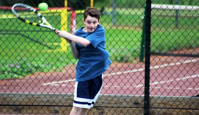 Kwit strong backhand tennis CR Extra WIDE