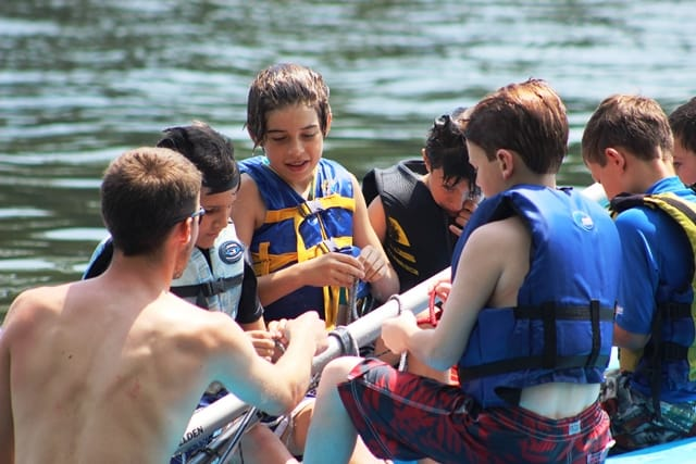 waterfront kids learn knots