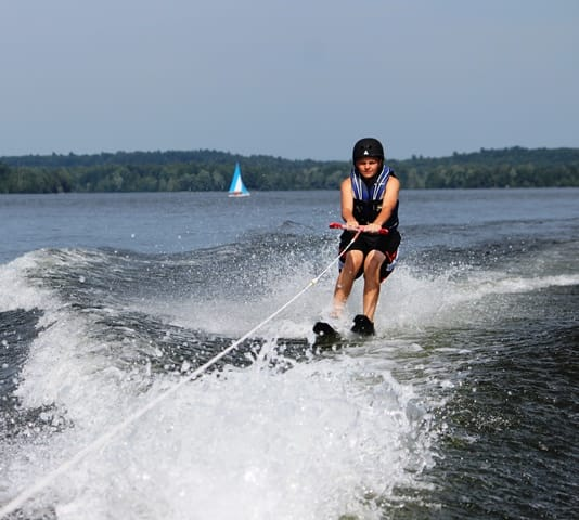 waterskiing crop cr